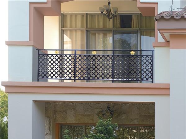 铁艺阳台防护栏杆