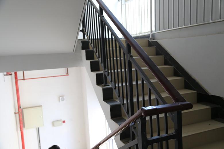 锌钢楼梯扶手-005_副本