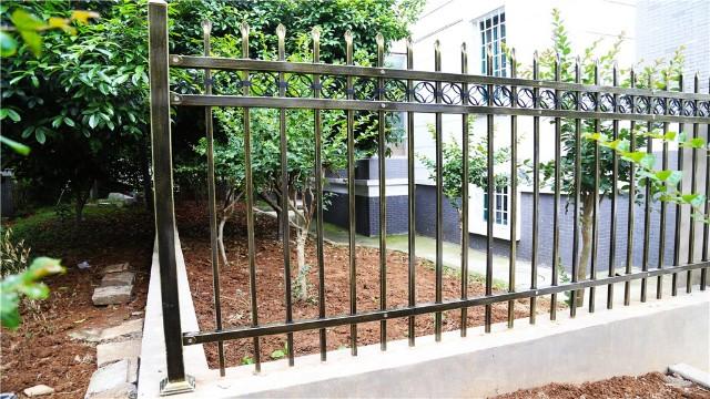 别墅锌钢围墙护栏安装的主要作用是什么?