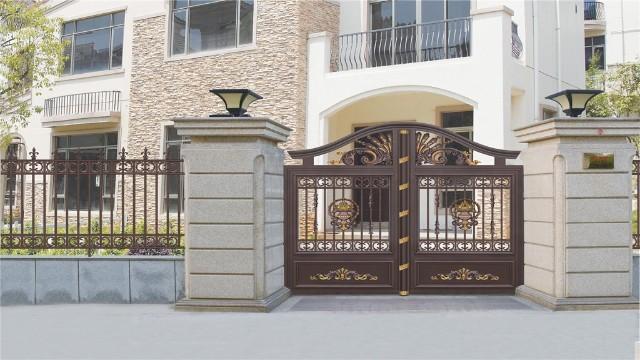 别墅围墙庭院大门使用铝艺材料有什么好处呢?