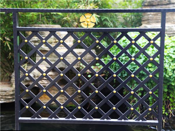 别墅铁艺阳台护栏