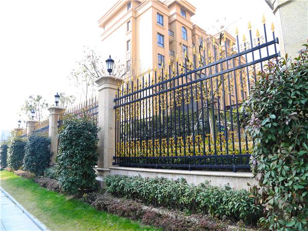 别墅小区围墙护栏