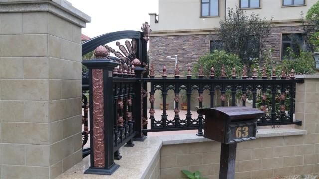 铝艺围墙护栏与普通围墙护栏相比有什么优势?