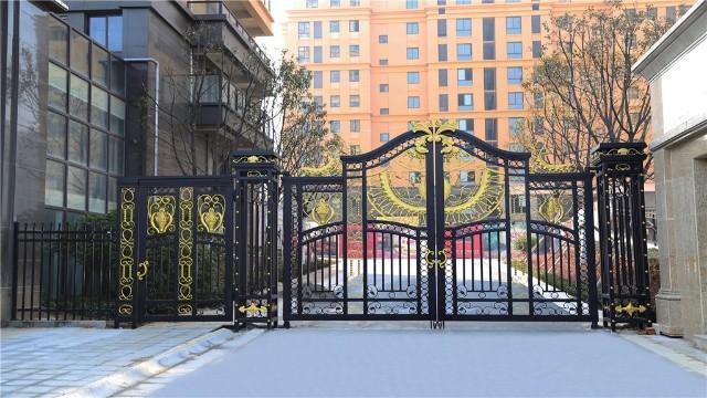 铁艺围墙庭院大门的防锈小妙招