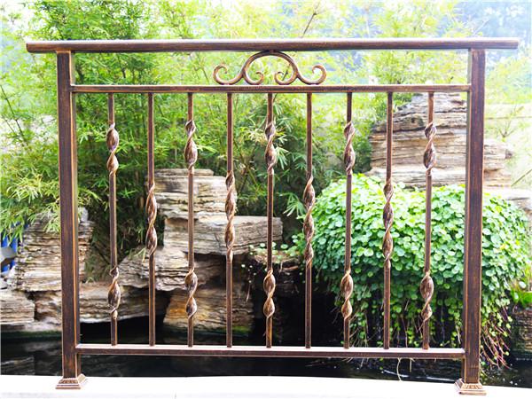 铁艺别墅阳台护栏