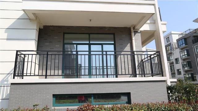 锌钢阳台护栏在安装前需要注意什么