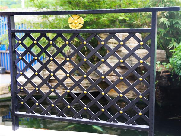 铁艺阳台栏杆
