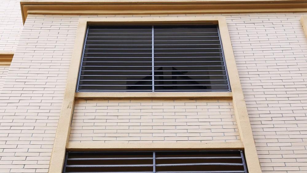固格澜栅锌钢护栏百叶窗 防水百叶窗 空调锌钢百叶窗