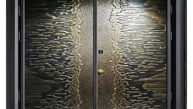 铸铝防爆进户门与铜门之间的关系,你怎么看?