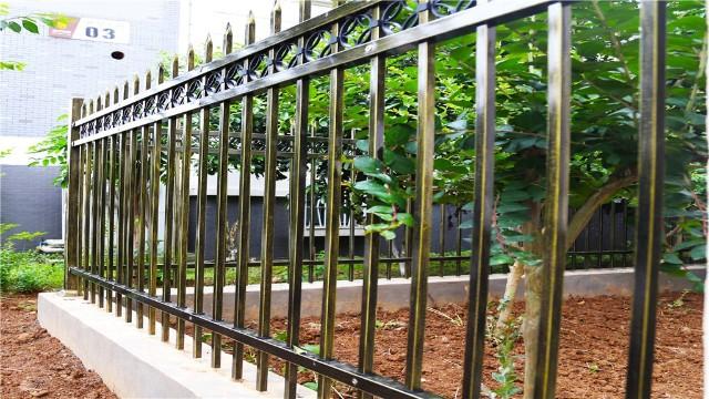 锌钢护栏吸引客户的特点有哪些?