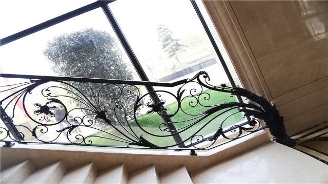 楼梯铁艺栏杆价格、选购注意事项以及保养方法,你都知道吗?
