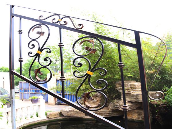 楼梯铁艺栏杆