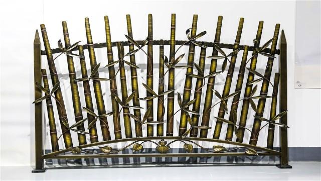 小区铁艺围墙护栏和不锈钢栏杆你真的了解吗?