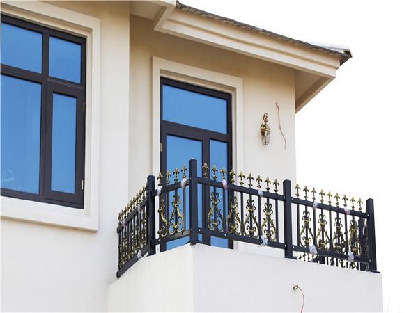 别墅锌钢阳台栏杆