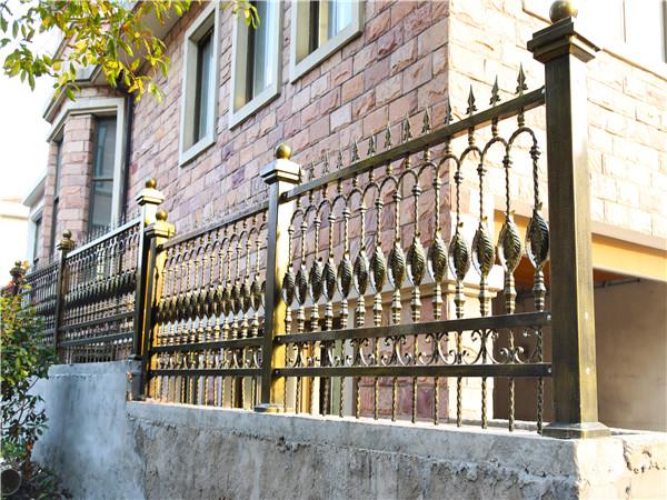 铁艺院墙栏杆
