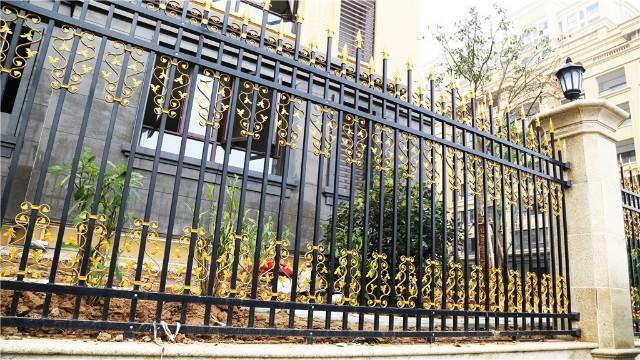 围墙庭院防护栏杆的间距尺寸是多少?
