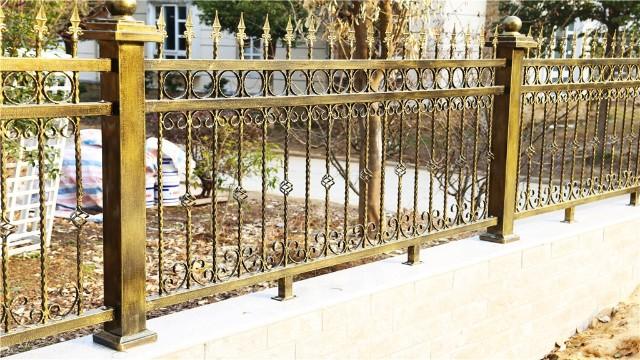 铁艺围墙护栏的安装技巧
