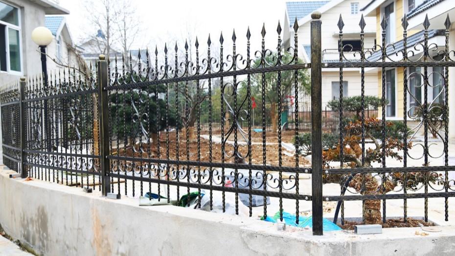 固格澜栅铁艺围墙护栏 小区别墅防护栏杆 庭院围墙铁艺栏杆