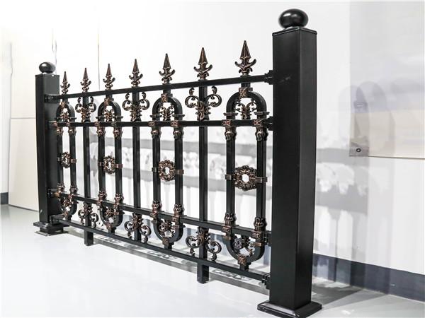 别墅围墙铝艺栏杆