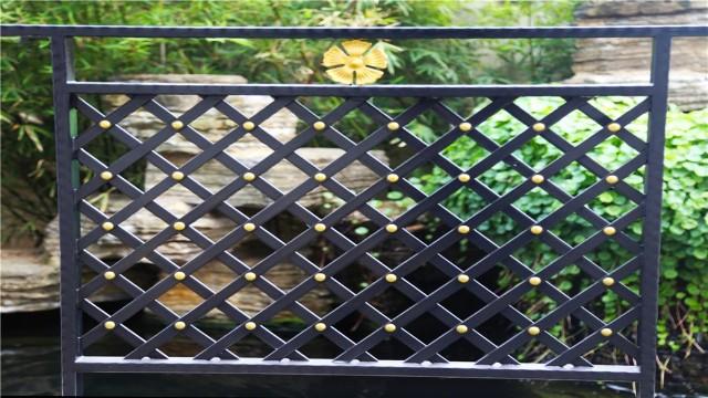 浅述合格的阳台铁艺护栏需要具备的特征